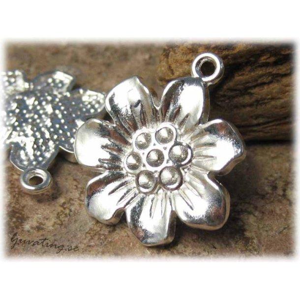 Berlock/hänge blomma silverfärgad ca 22 mm
