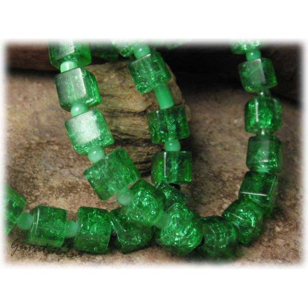 Krackelerad grön kub glaspärla 6-pack ca 8 mm