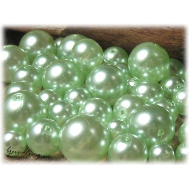 Mix mintgröna transp vaxade 8-16 mm ca 100 gram