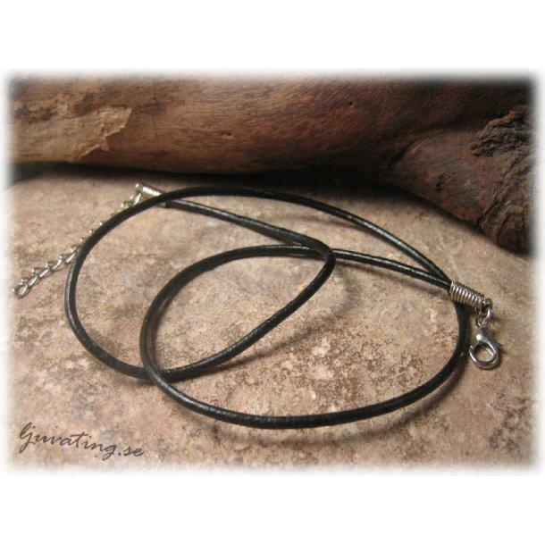 halsband med läderband