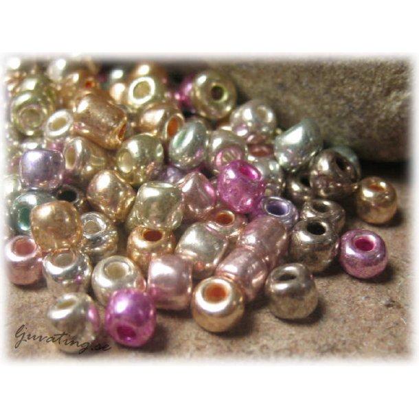Seed beads mix metallic färger storlek 6/0 ca 4 mm