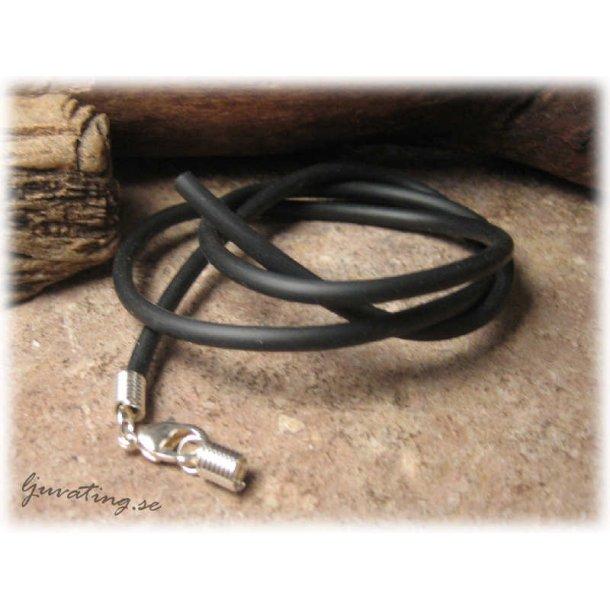 Smyckeband halsband i svart gummislang ca 50 cm