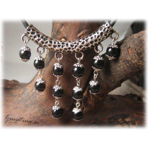 Hänge i metall med pärlor 6 öglor längd 60 mm